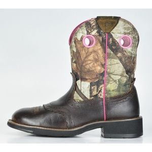 Ariat Women's Fatbaby Camo Mossy Oak Pink Boots